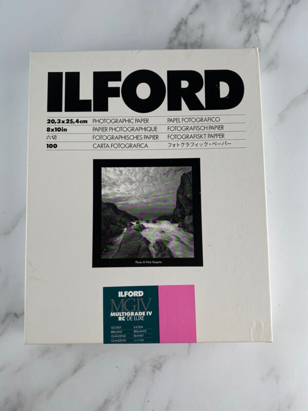 "Ilford 8 x 10"" Multigrade IV RC DLX Black & White Paper 100 Glossy New"