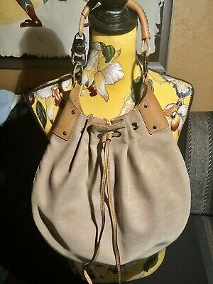 GUCCI Linen And Leather Drawstring Whip Stitch Shoulder Bag. Good Condition