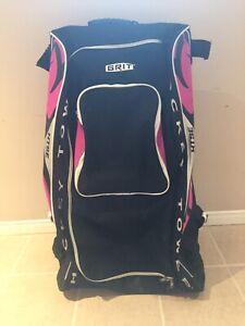 "Grit large ""hot pink"" rolling hockey bag"