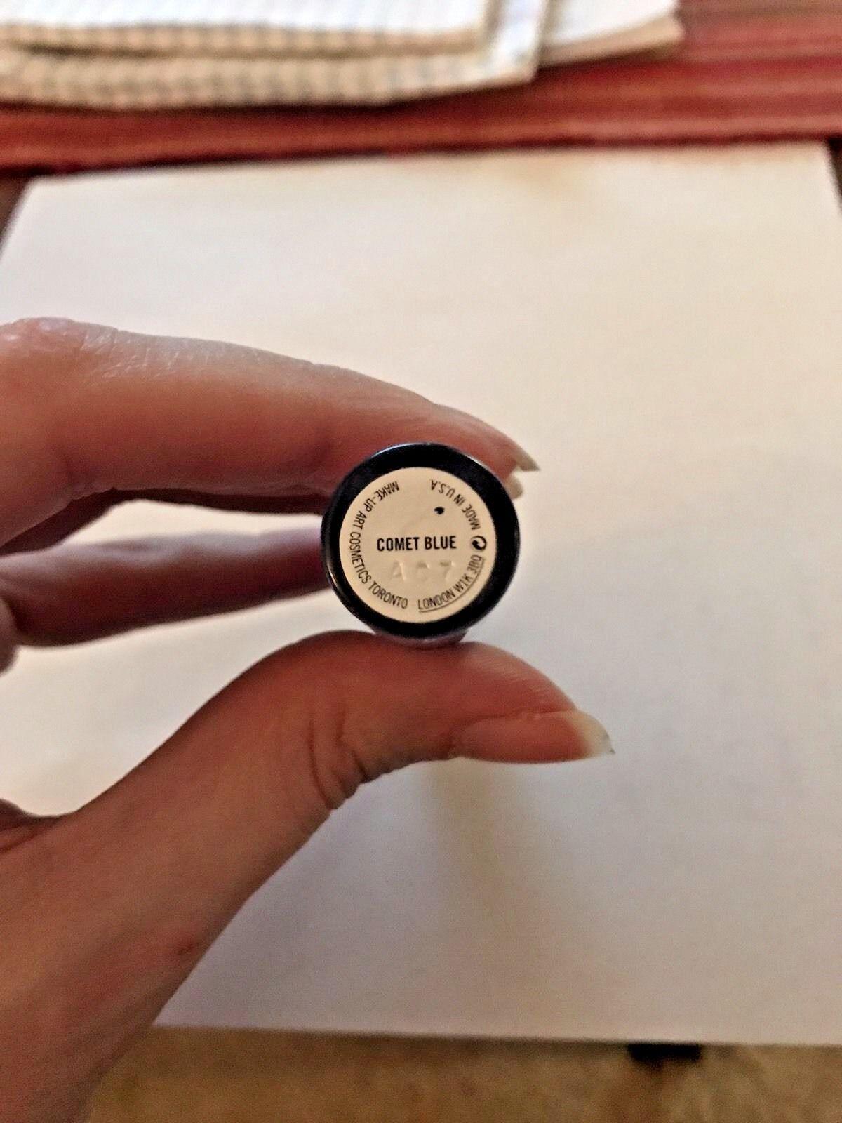 237fa9d270e689 Купить MAC Dazzleglass Lip Gloss  Comet Blue  Very Rare на eBay.com ...