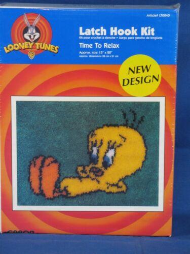 Looney Tunes Time To Relax Tweety 1997 CARON Latch Hook KIT Art LT0040 15x20