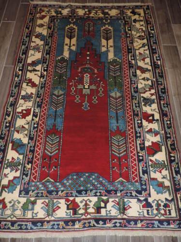 5x7ft. Authentic Handmade Turkish Wool Prayer Rug