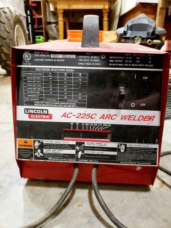 Lincoln Electric AC-225C Arc Welder