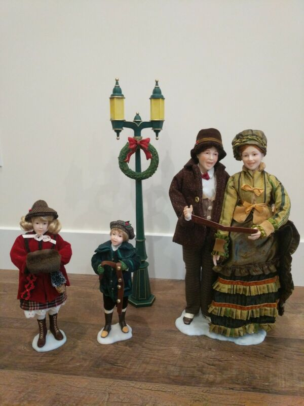 "4 Piece Choir Set Christmas Carolers Figurines 18"" Victorian Theme Holiday Decor"