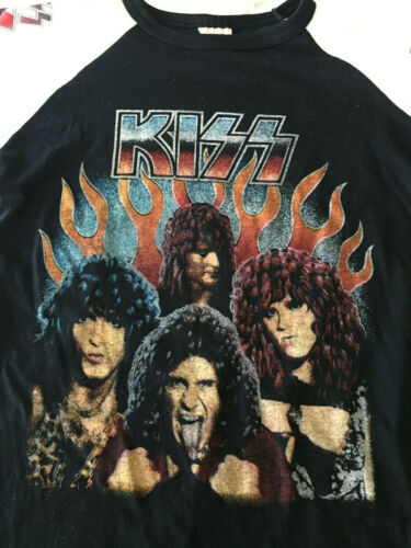 KISS ANIMALIZE  Shirt 1980s vintage real not a knock off Gene Paul Eric Mark