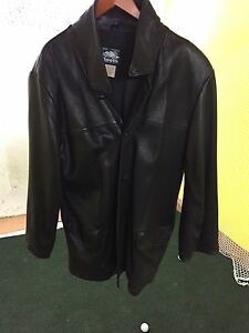 Roots men's leather jacket