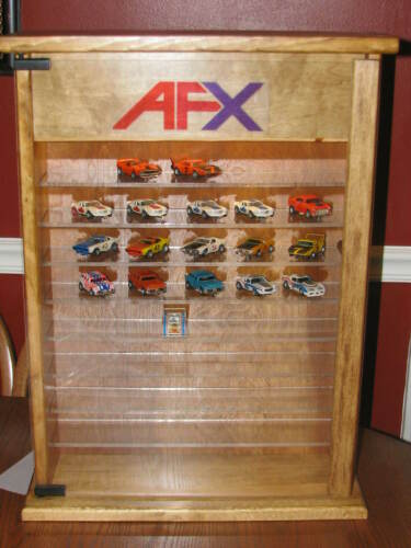 AFX HO cars Display case with Key lock and LED light