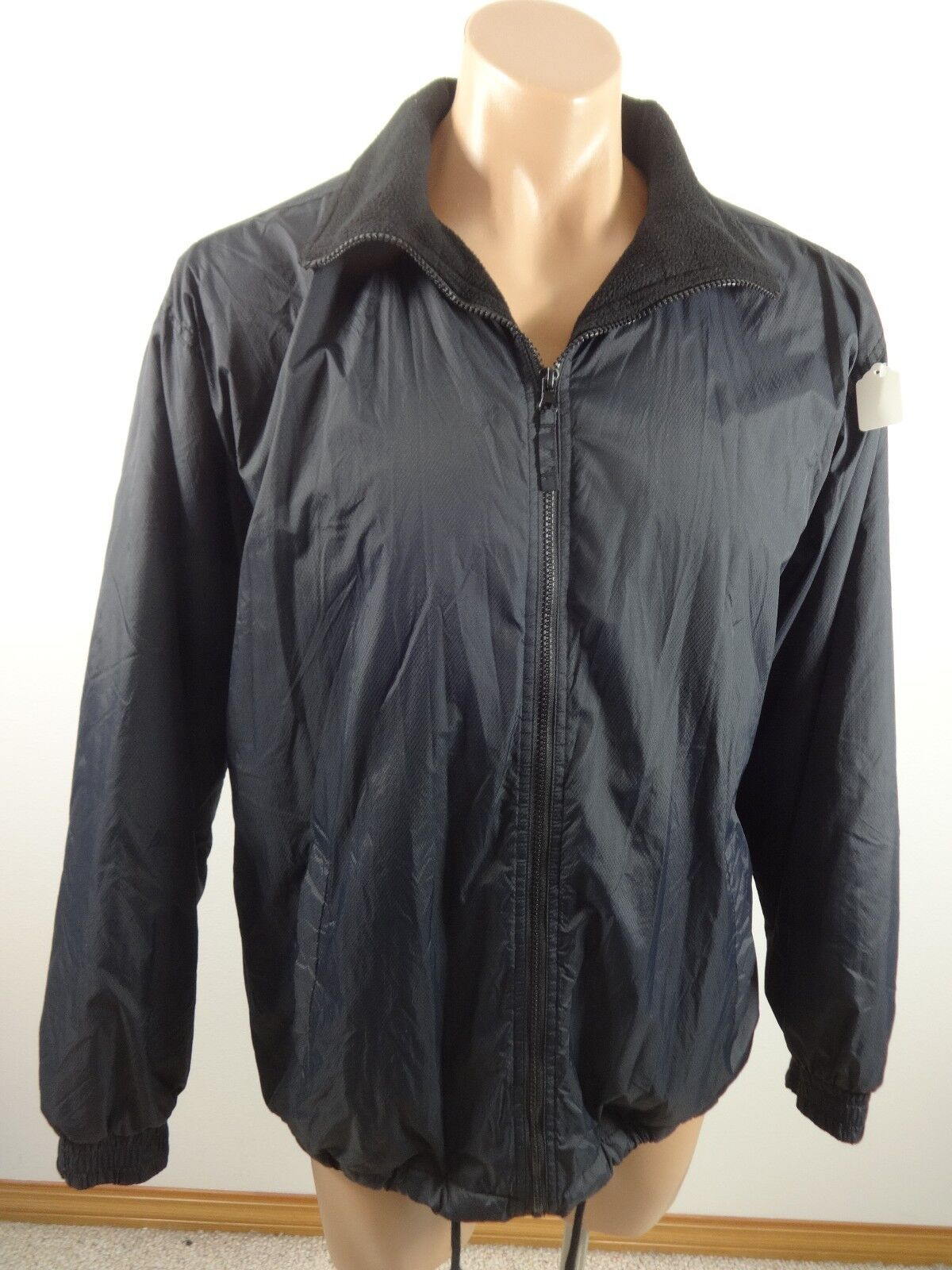 bec6a2b66a4 Details about SPORT ESSENTIALS MENS BLACK NYLON JACKET WITH FLEECE LINING  SIZE M