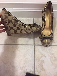 Coach wedge shoes-size 5