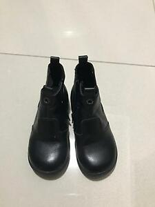 Size 27 leather toddler boots Rosebery Palmerston Area Preview