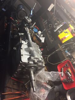 FORD AU BA V8 T5 5 SPEED FULLY RECO BOX WITH SHIFT $1600