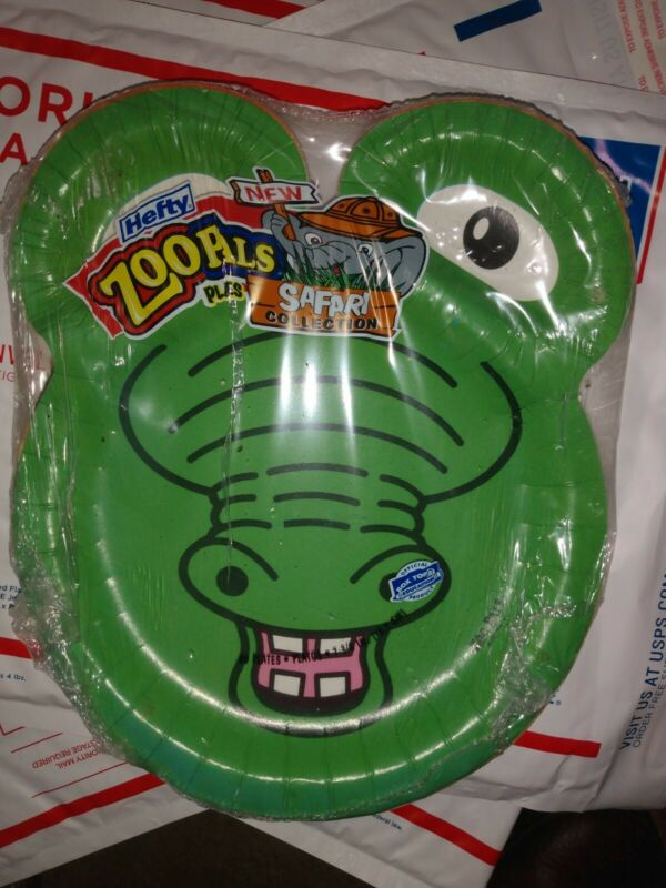 Hefty ZooPals SAFARI Collection 20 Count Paper Plates NEW RARE Alligator On Top