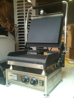 Grill press station Sweden made Hadfield Moreland Area Preview