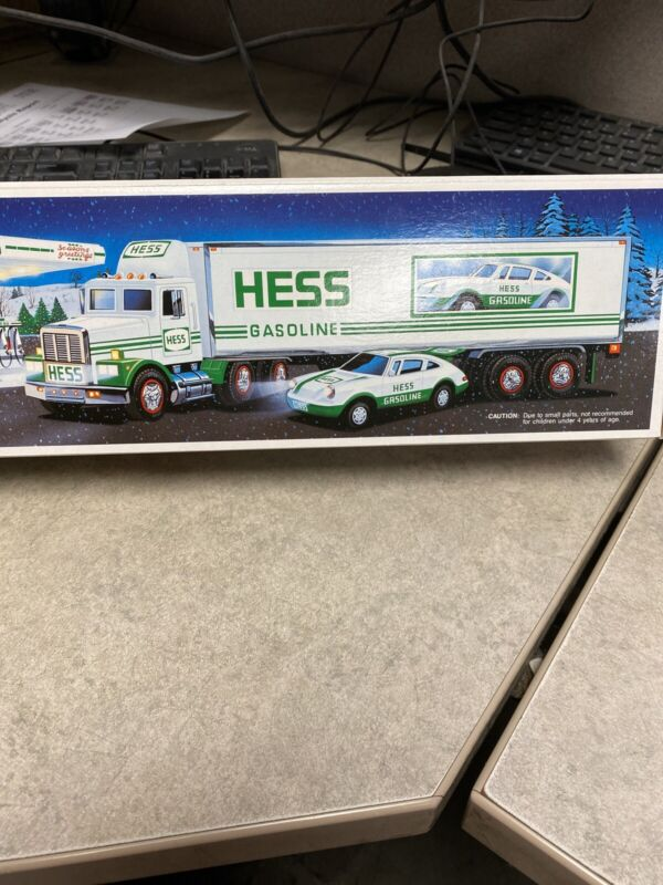 1992 Hess Truck Toy 18 Wheeler & Racer NEW IN BOX  NEW OLD STOCK NOS