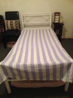 Single Doona/Quilt Cover with fitted sheet