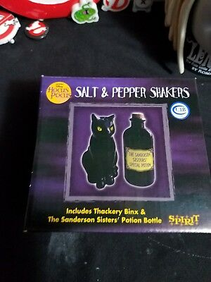 2017 Spirit Halloween (Disney Hocus Pocus 2017 Spirit Halloween Salt and Pepper Shakers RARE Sold)