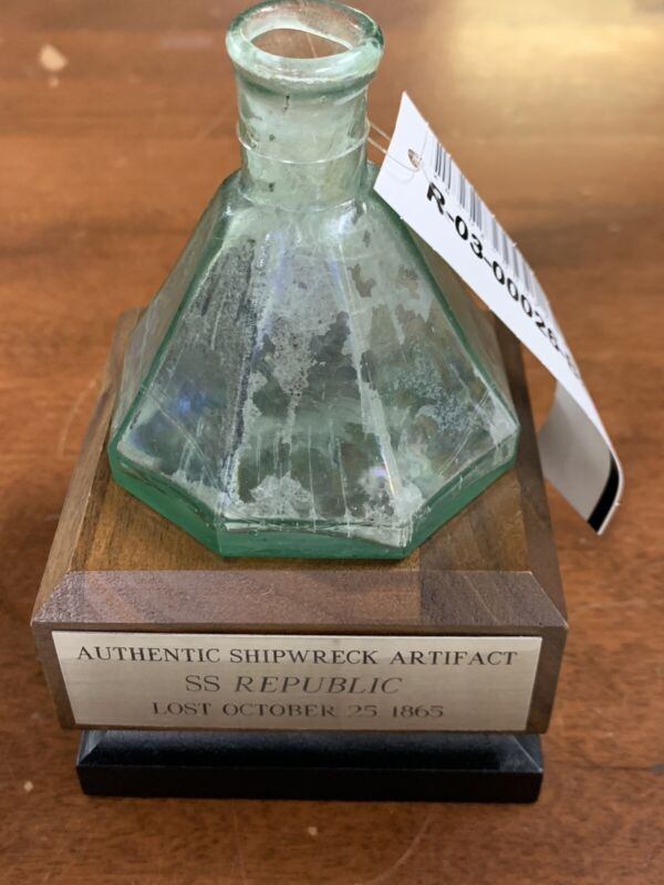 Shipwreck Authentic Artifact SS Republic 1865 Umbrella Ink Bottle