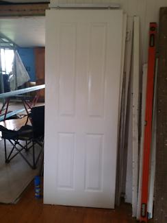 Sliding door. $15.00. Toowoomba & SOLID Cedar SLIDING Doors (2 Sizes available) | Building Materials ... pezcame.com