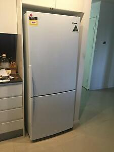 12 months old  - 430L Westinghouse Fridge with 3 years warranty Botany Botany Bay Area Preview