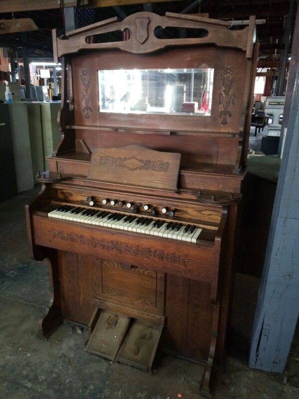 Vintage Estey Organ Co. Pedal Operated Organ - Needs Reconditioning