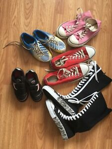 Kids Soccer Shoes/Converse