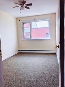 Room for Rent in 2 Bedroom Condo near Forum Jan 1