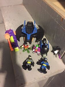 LITTLE PEOPLE BATMAN TOYS