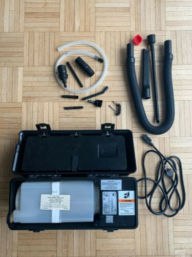3M SERVICE VACUUM Model 497 With Accessories