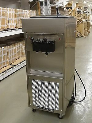 2011 Electrofreeze Sl500 Soft Serve Frozen Yogurt Machine Water Cooled