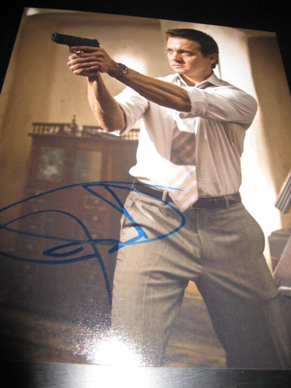 JEREMY RENNER SIGNED AUTOGRAPH 8x10 PHOTO MISSION IMPOSSIBLE PROMO IN PERSON J