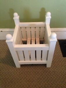 """Nice Wooden Square Deck Planter, 17.5"""" x 17"""""""