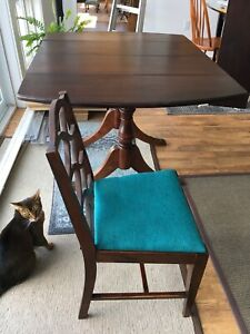 Duncan Fife table. With 4 chairs