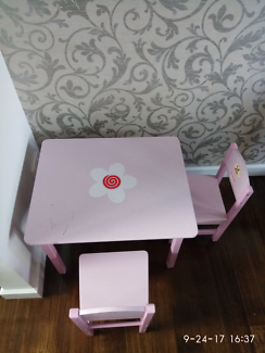 Kids wood table pink
