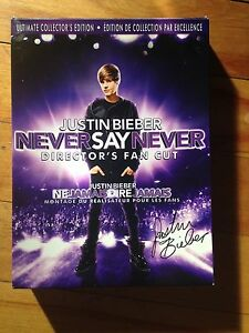 Coffret DVD Justin Bieber, édition de collection.