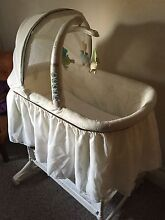Bassinet - Barely used Adamstown Newcastle Area Preview