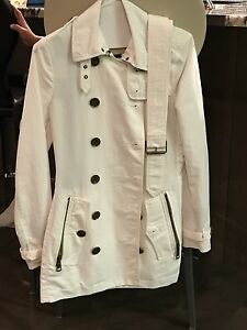 Burberry Women's Light Trench Coat
