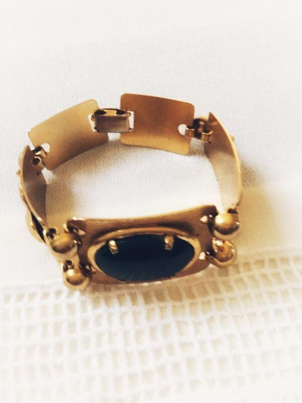 A Gold Tone Bracelet W/ Black Glass Cabochon Bracelet Women Style