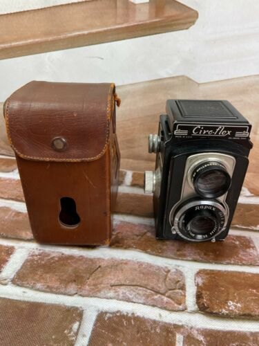 Vintage Ciro Flex Rapax Camera with 85mm Wollensak Rapax Lens and Leather Case