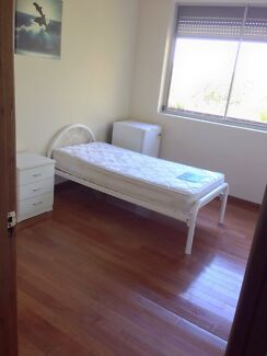 A bedroom for rent Casula Liverpool Area Preview