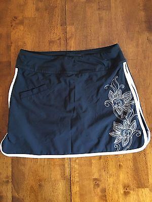 Athleta Women's Black/White Floral Athletic Skirt Size 2