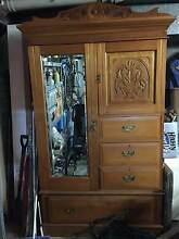 Stunning wardrobe in excellent condition with hand crafted finish Waverton North Sydney Area Preview