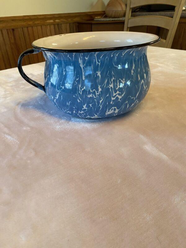 Vintage Blue White Swirl Graniteware Enamel Enamelware 9 Inch CHAMBER POT