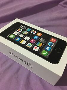 iPhone 5s buy the gift they love London Ontario image 1