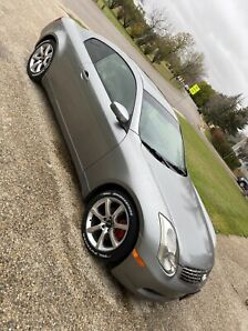 2005 Infiniti g35 coupe in great condition and low km!