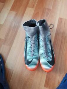 Nike football/soccer boots