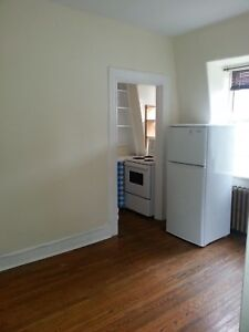COZY BACHELOR IN SOUTH END LOTS OF CHARACTER AVAILABLE AUG. 1ST