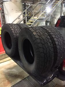 4 Toyo Open Country AT2 Xtreme 285/75R18