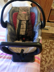 fisher price  baby capsule Leitchville Gannawarra Area Preview