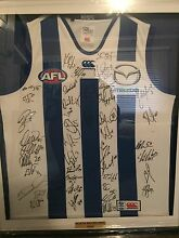 SIGNED AND FRAMED 2015 NORTH MELBOURNE FOOTBALL CLUB JUMPER Kilmore Mitchell Area Preview