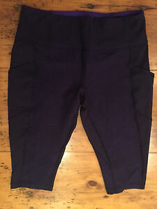 Lululemon running crops with pockets, size 10
